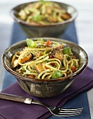 Pasta with mussels and basil