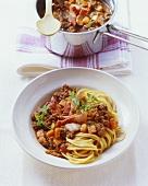 Spaghetti bolognese style