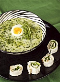 Cream of spinach soup with boiled egg and Swedish tunnbröd