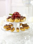 Mini-éclairs and profiteroles for Christmas