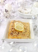 Marinated salmon with lemon and ginger sauce