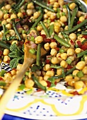 Chick-pea and bean salad with mint (Morocco)