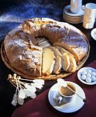 Sweet bread ring
