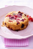 Individual berry pudding