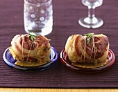 Bacon-wrapped lamb roulades with rosemary
