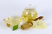 Elderflower tea in cup and teapot