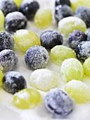 Sugared grapes