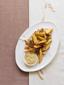 Potato wedges with garlic dip