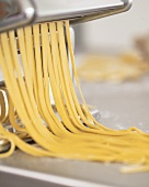 Pasta maker with ribbon pasta