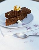 Castagnaccio con ricotta e miele (Chestnut cake, Italy)