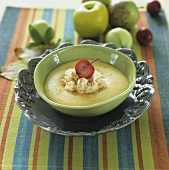 Apple puree with rice pudding
