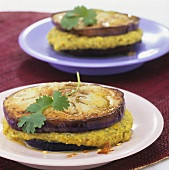 Aubergine slices with coconut