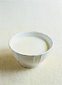 Milch mit Haut