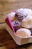 Marshmallows with grated coconut (Chamallows)