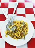 Bucatini con le sarde (Pasta with anchovies, Italy)