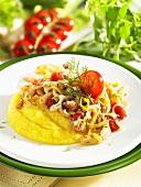 Fennel-leek medley with polenta