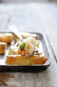 Spring rolls with rice noodles, asparagus and prawns