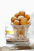 Pets de nonne (small doughnut balls, France)