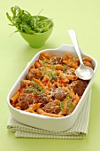 Pasta bake with penne and meatballs
