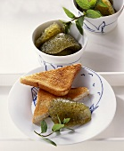 Cucumber jelly with toast triangles