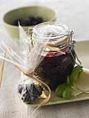 Blackberry and champagne jelly to give as a gift