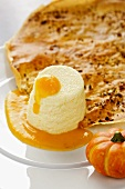 Semolina flummery with pumpkin and mango