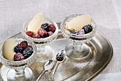 Gelato al braulio (Herb liqueur ice cream with fresh berries)