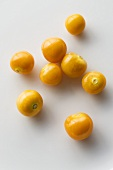 Several Cape gooseberries