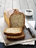Banana bread dusted with icing sugar