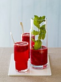 Berry soda with fresh mint