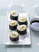 Vegetable maki sushi, soy sauce