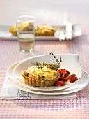 Olive and ricotta tart with tomatoes