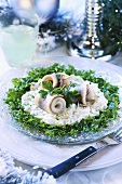 Herring rolls on tartar sauce (Christmas)