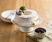 Sponge Cake mit Beeren