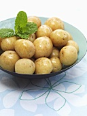 Boiled new potatoes with mint