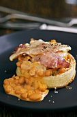 Bacon and beans on crumpet