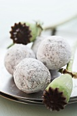 Champagne truffles with poppy seeds