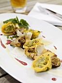 Tortelloni ai carciofi (Tortelloni mit Artischocken, Italien)