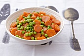 Buttered carrots with peas
