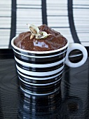 Mousse au chocolat with cardamom