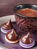 Patience a la ganache au chocolat noir (Törtchen mit Ganachecreme, Frankreich)