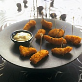 Breaded cod strips with tartare sauce