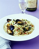 Spaghetti miramare (Spaghetti with shellfish and chilli)
