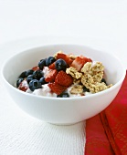 Blueberry and strawberry muesli with low-fat yoghurt