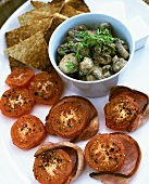 Grilled tomatoes, ham, mushrooms and toast triangles