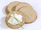 Scottish oatcakes with cottage cheese and chives