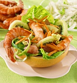 Prawn and kiwi fruit salad