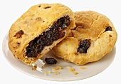 Lancashire Eccles cakes (Pastry with currant filling, England)