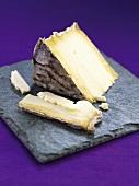 Ein Stück Caerphilly Käse (Wales)