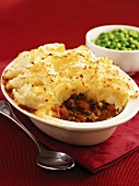 Shepherd's pie with peas (Mince with mashed potato topping, UK)